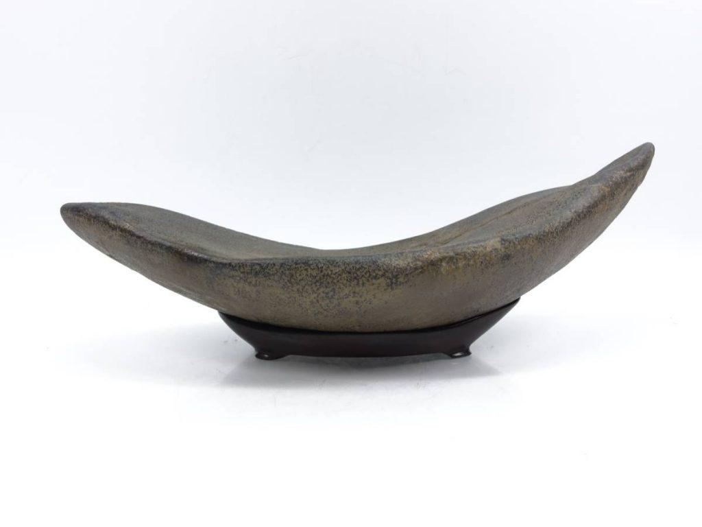 【水石】 溜まり石 「台座:銘 広寿」を買取り致しました。