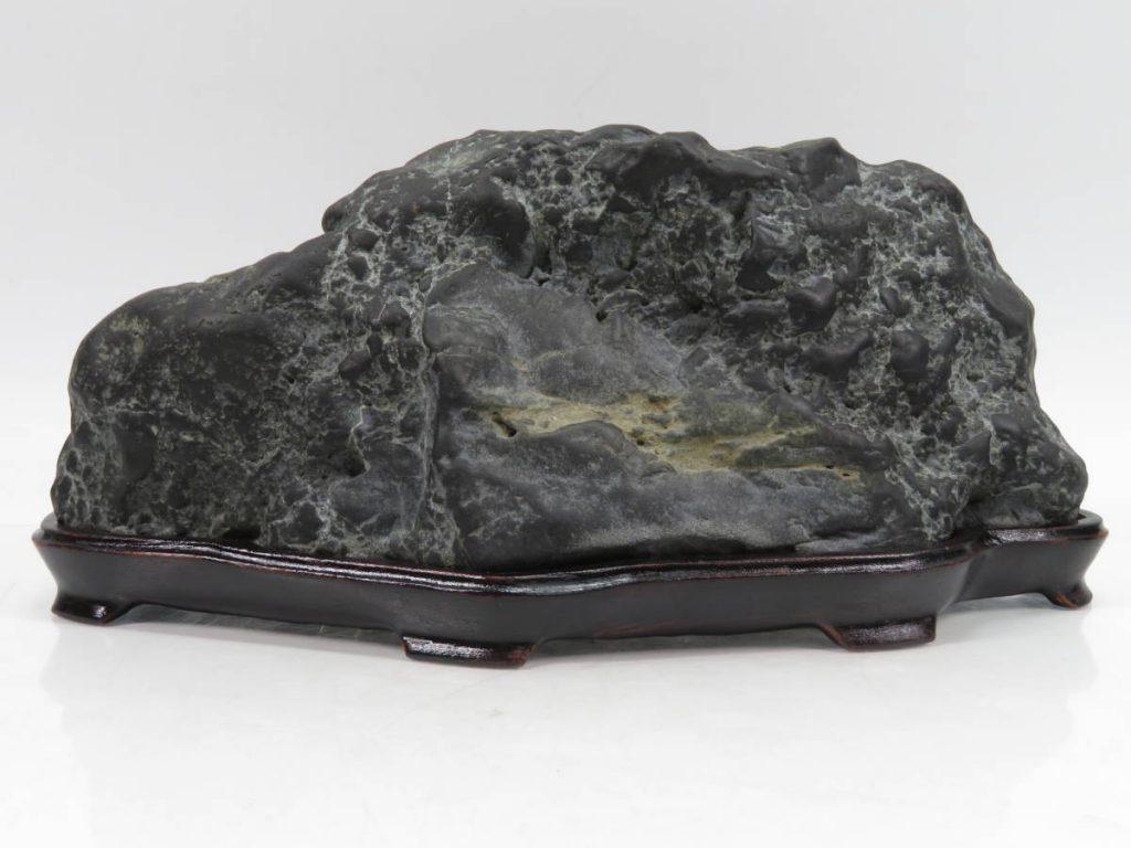紀州古谷石を買取り致しました。