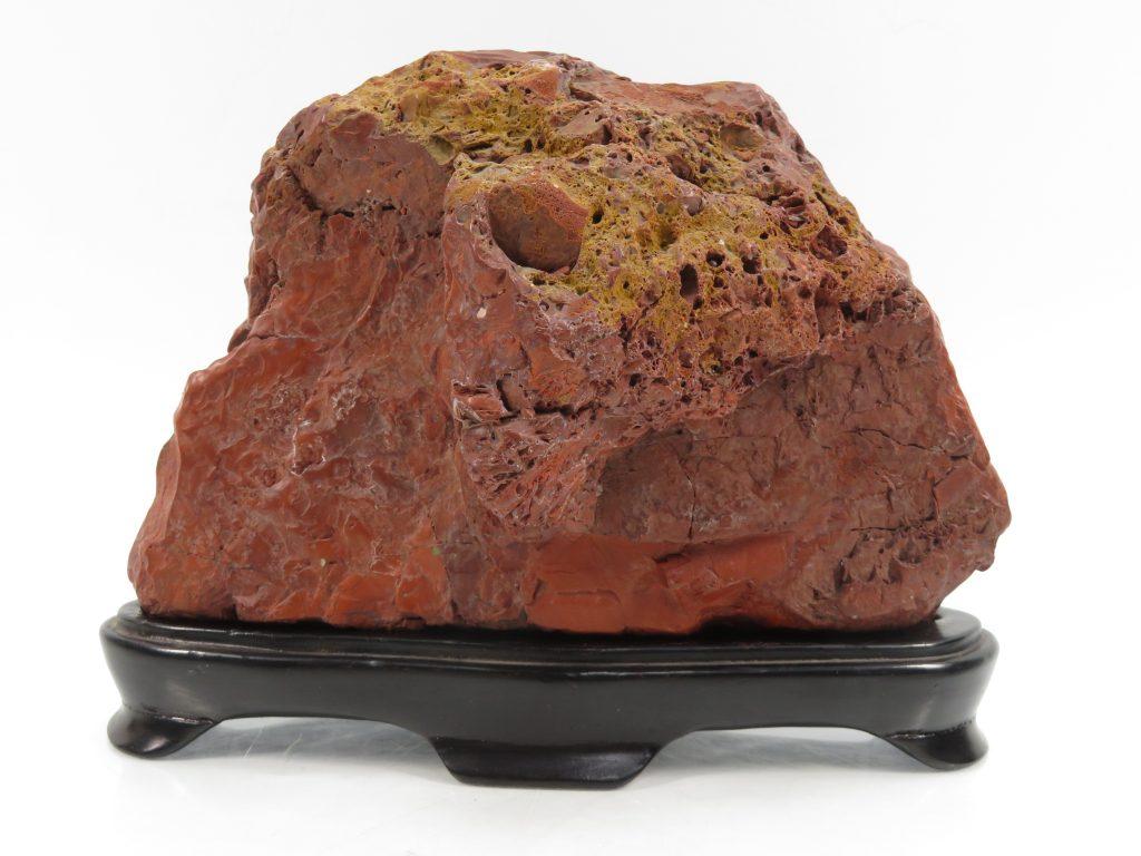 【赤石・赤玉】台座付 赤石 (全長:14cm)を買取り致しました。